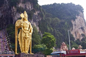 Vietnam Airlines tung vé máy bay đi Kuala Lumpur giá 225K