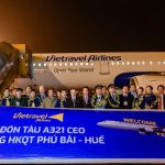 Tàu bay Vietravel Airlines lần đầu tiên hạ cánh tại sân bay Phú Bài