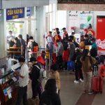Đường sắt siết chặt phòng dịch để vận chuyển hành khách và hỗ trợ nhu cầu đổi trả vé dịp tết 2021